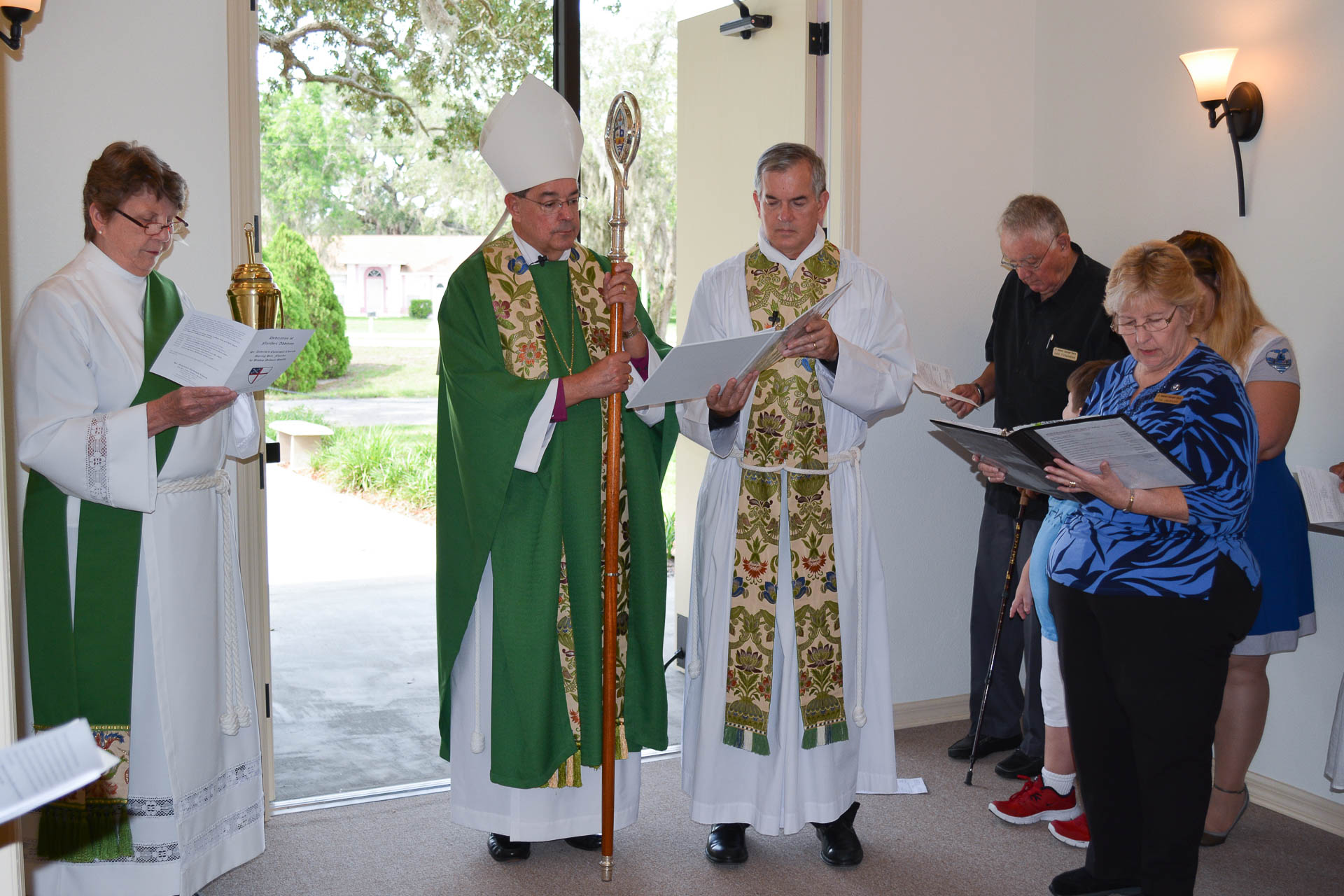 Narthex-dedication-with-Bishop-Smith